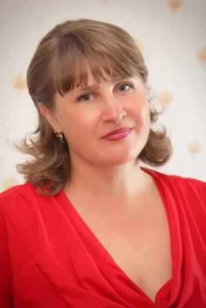 Плотникова Ирина Борисовна : учитель информатики высшей квалификационной категории