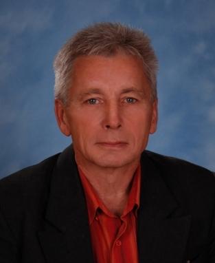 Щербаков Александр Иванович : учитель технологии, высшей квалификационной категории